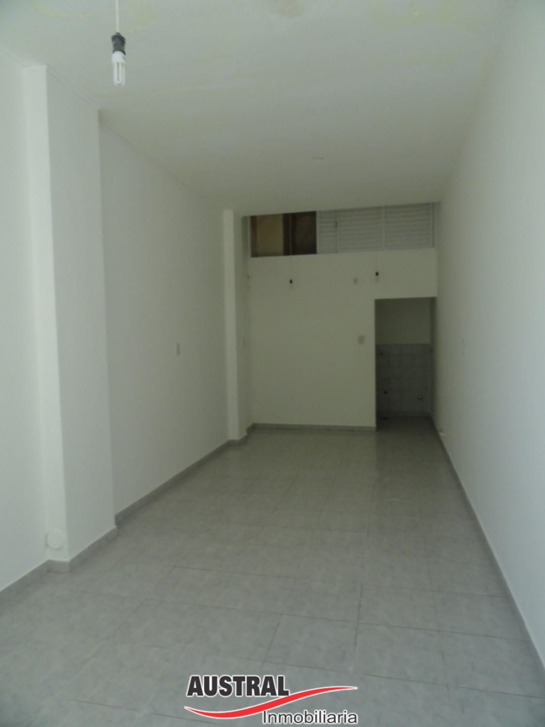 M. DONNET 1636 LOCAL COMERCIAL ZONA CENTRO Nº 1